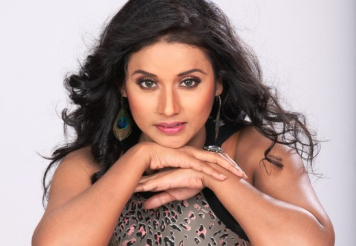 URMILA MAHANTA TO DEBUT IN BOLLYWOOD FLICK 'PARESHAANPUR'